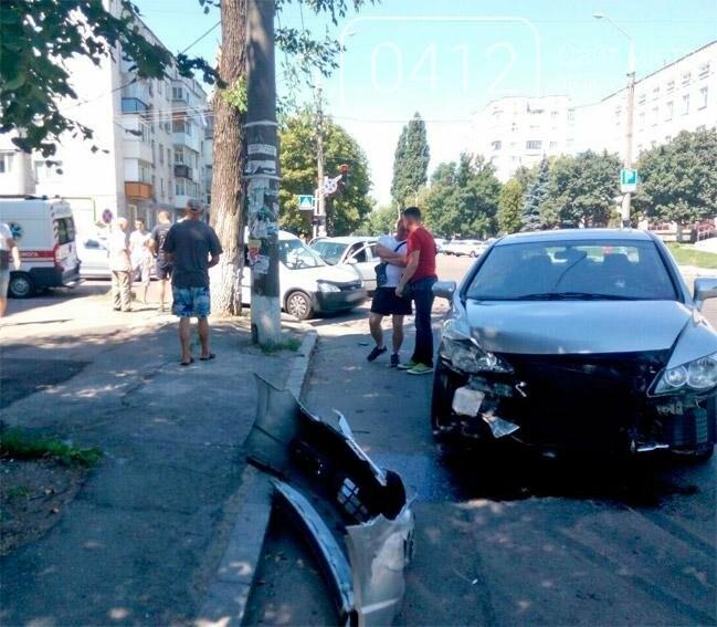 У Житомирі унаслідок ДТП постраждало 2 людей, фото-2