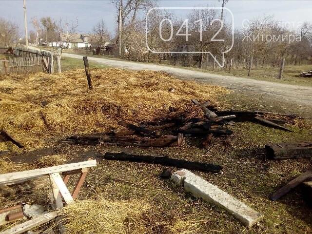 В Овручі загорілась вантажівка з соломою, фото-1