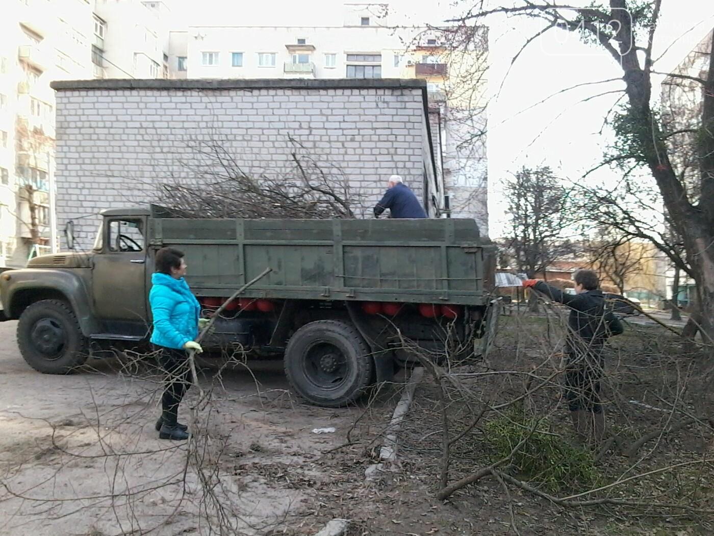 Житомирські ОСББ долучаються до прибирання міста, фото-6