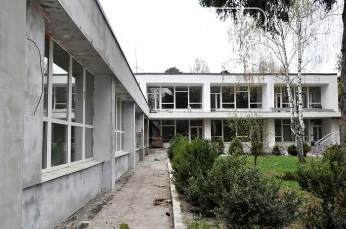 У Центрі вертебрології на Житомирщині вже переходять до ремонту другого поверху, фото-10