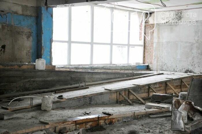 У Центрі вертебрології на Житомирщині вже переходять до ремонту другого поверху, фото-11