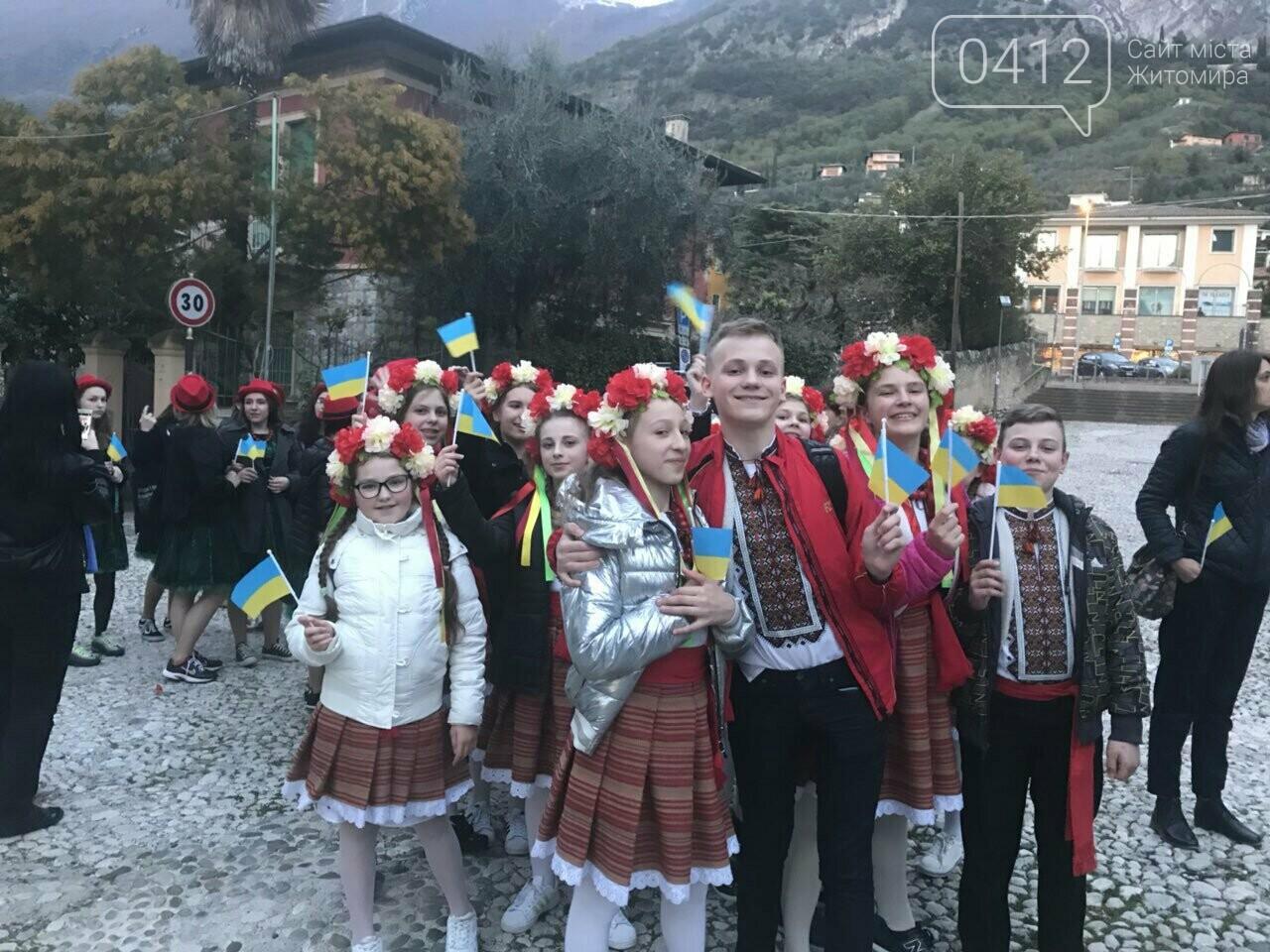 """Житомирський хор """"Gloria"""" привіз із Італії срібні нагороди, диплом та спеціальний приз, фото-4"""