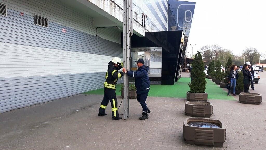 Житомирські вогнеборці ліквідували умовну пожежу в кінотеатрі «Мультиплекс», фото-12