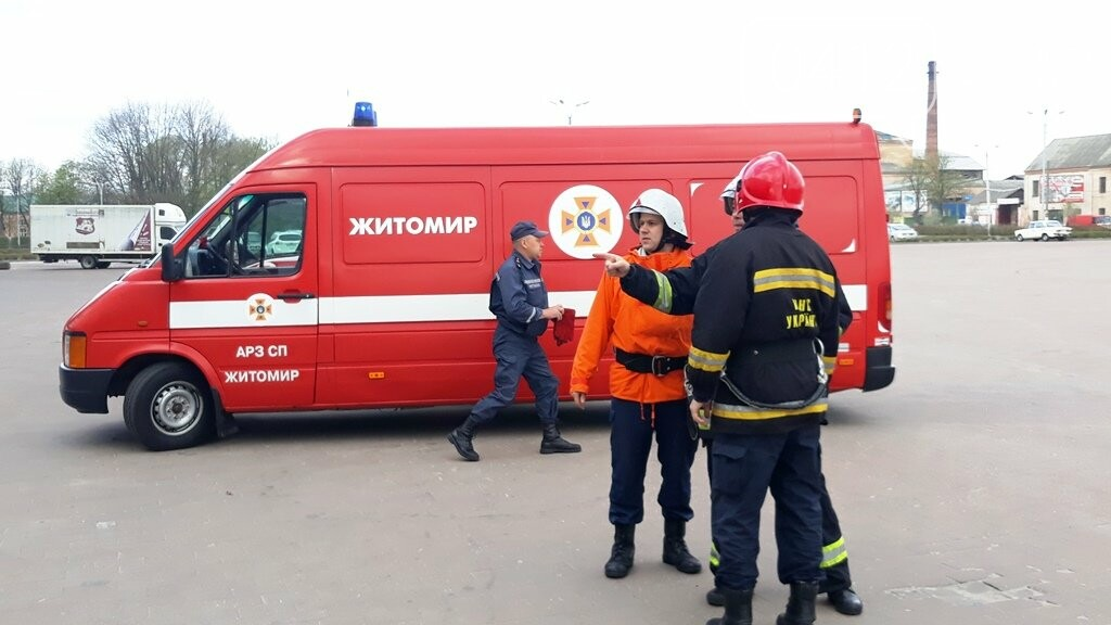 Житомирські вогнеборці ліквідували умовну пожежу в кінотеатрі «Мультиплекс», фото-5