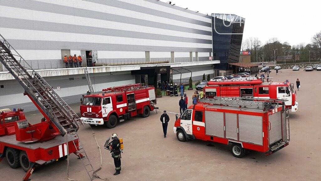Житомирські вогнеборці ліквідували умовну пожежу в кінотеатрі «Мультиплекс», фото-17