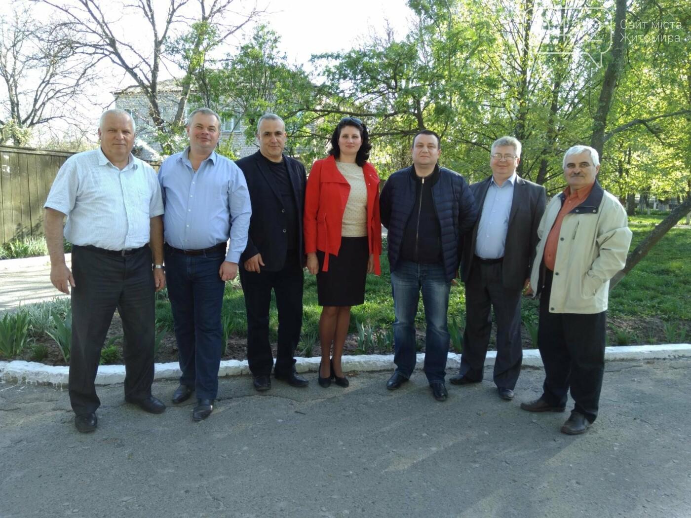 У Радомишльському та Малинському районах лікарі-онкологи провели профілактичні огляди, фото-4