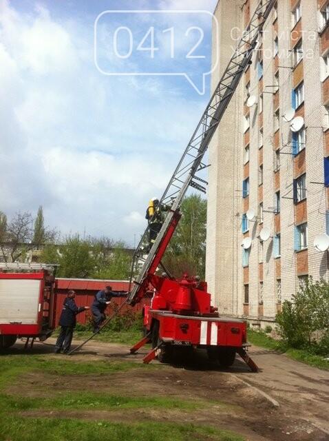 У Житомирі на 9 поверсі загорілась кімната гуртожитку, фото-2