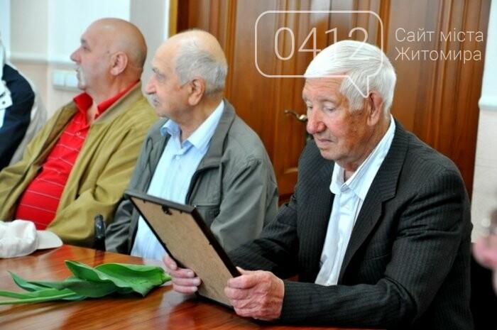 Ліквідатори аварії на ЧАЕС з Житомирщини отримали почесні відзнаки, фото-8