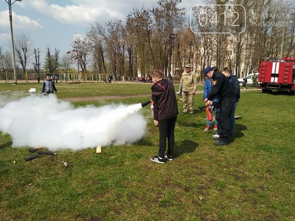 Чому у житомирську школу №16 приїздили пожежники та поліція?, фото-11