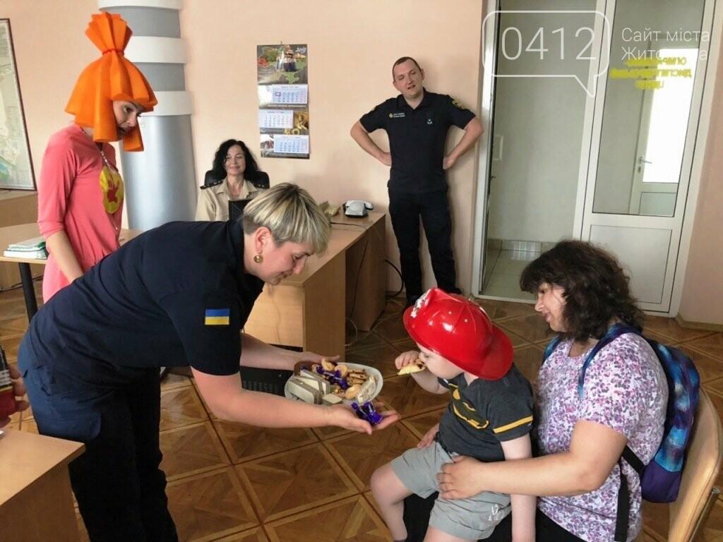 Мрії збуваються! Вогнеборці Житомира влаштували свято для хворого хлопчика, фото-5