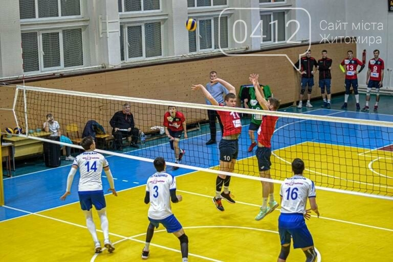 У Житомирі комунальні волейбольні клуби перемогли у чергових етапах змагань, фото-7