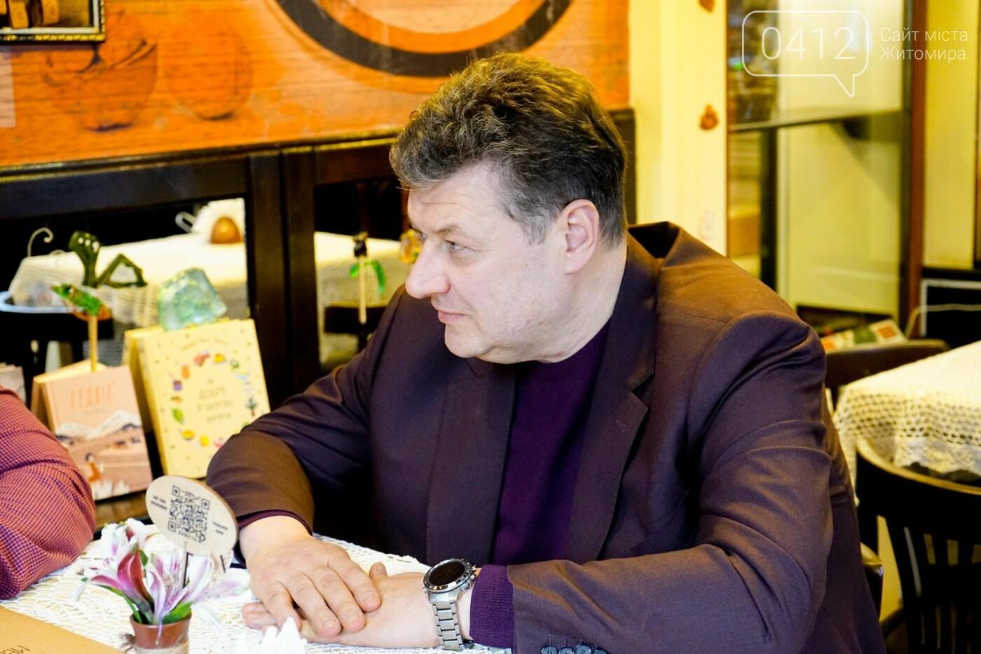 Рідних Героїв Небесної Сотні Житомирщини відвідав Віталій Бунечко, фото-2