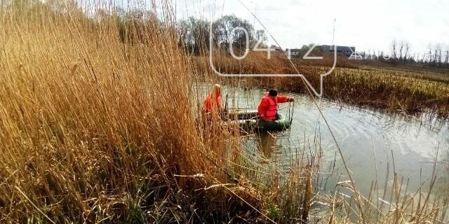 У Житомирській області рятувальники дістали з ріки тіло пенсіонерки, фото-1