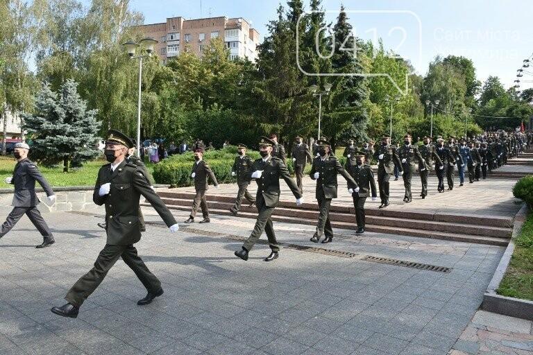 170 випускників Житомирського військового інституту отримали звання лейтенантів, фото-5