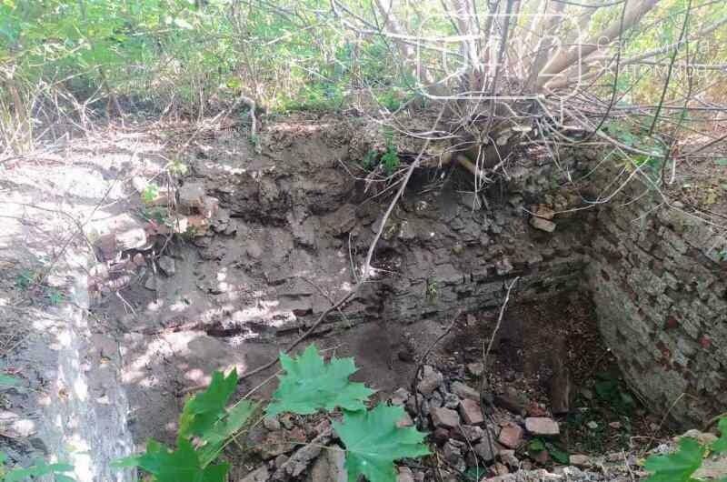 В Андрушівському районі рятувальники дістали жінку, котра впала у яму, фото-1