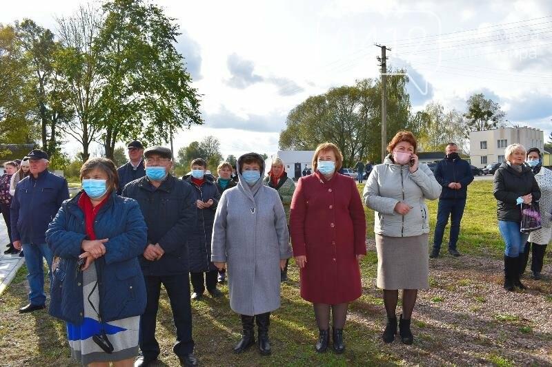 Визначний день для Ємільчинської ОТГ: в селі Підлуби відкрили сільську амбулаторію, фото-3