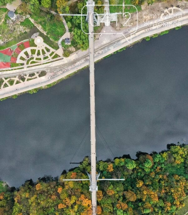 Зарічанський пішохідний міст — майже точна копія Босфорського?, фото-2