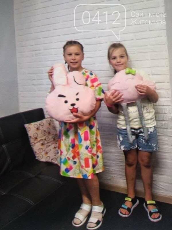 10-річна дизайнерка з Житомира шиє одяг, м'які іграшки, проводить благодійні розіграші-аукціони!, фото-7