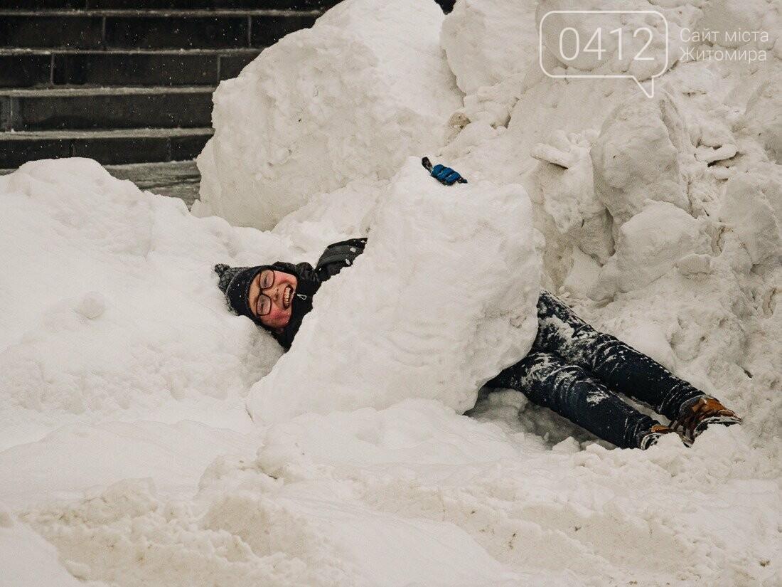 У ритмі зимового міста: колорит засніжених вулиць Житомира. ФОТО, фото-8