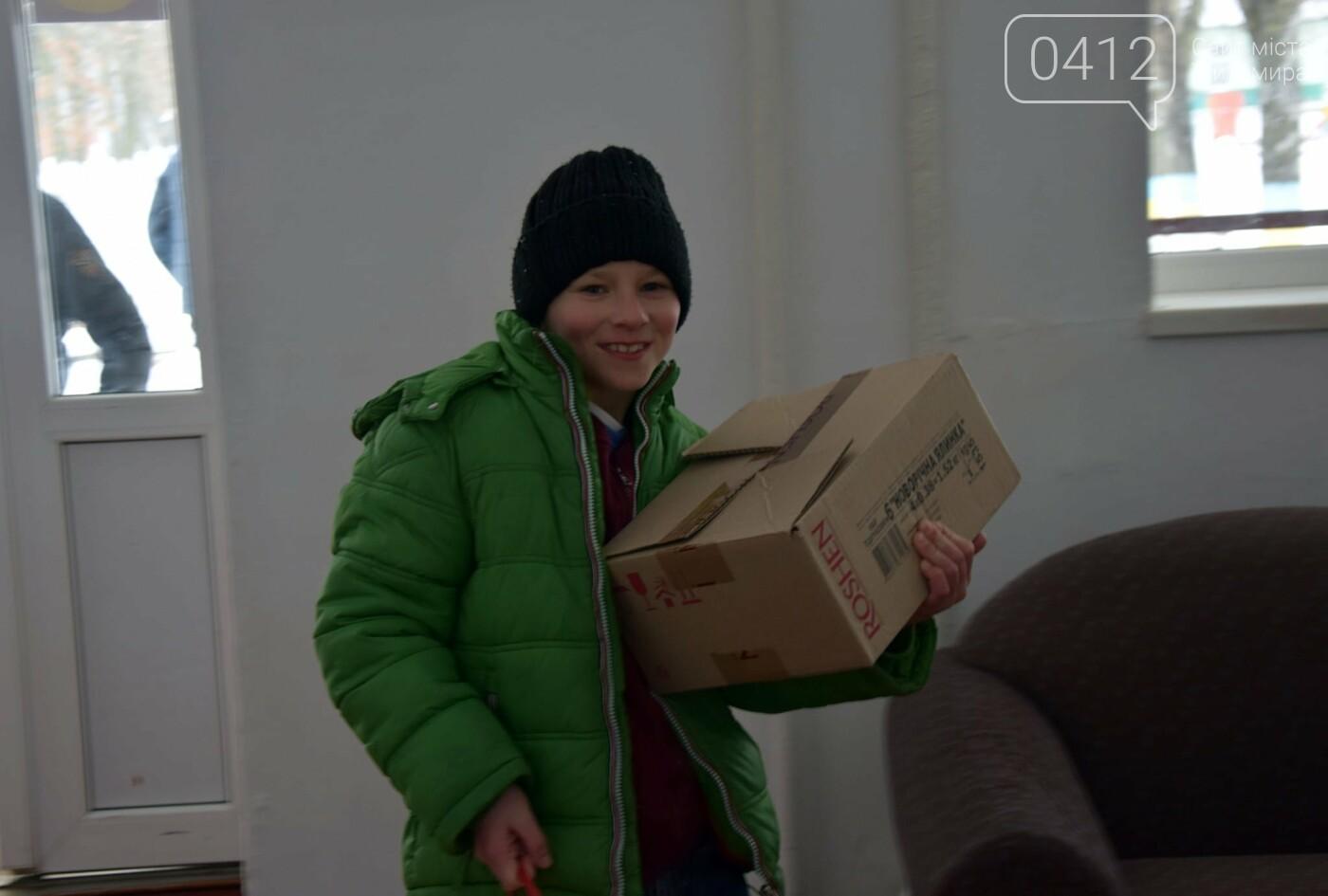 Щирі посмішки та емоції: Як діти зі школи-інтернату з військовими «тридцятки» зустрілися. ФОТО, фото-5
