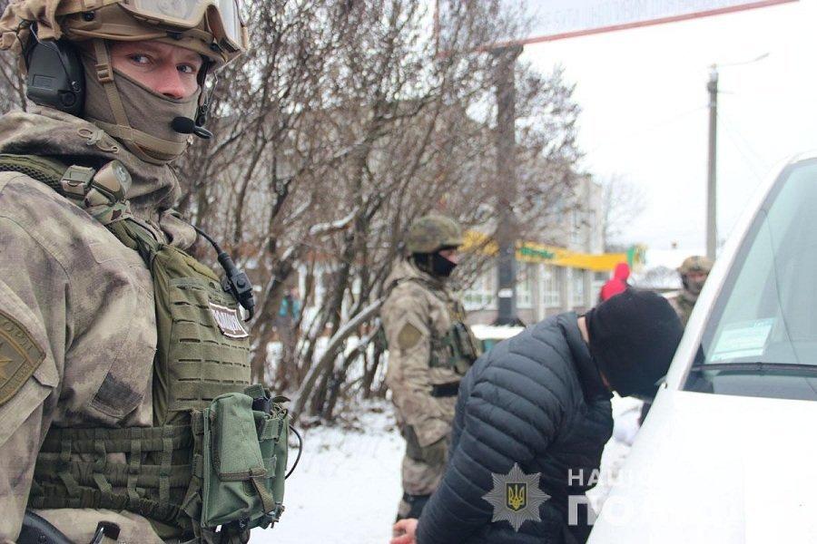 У центрі Житомира затримали групу «домушників», фото-1