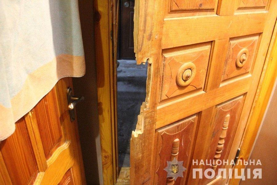 У центрі Житомира затримали групу «домушників», фото-3
