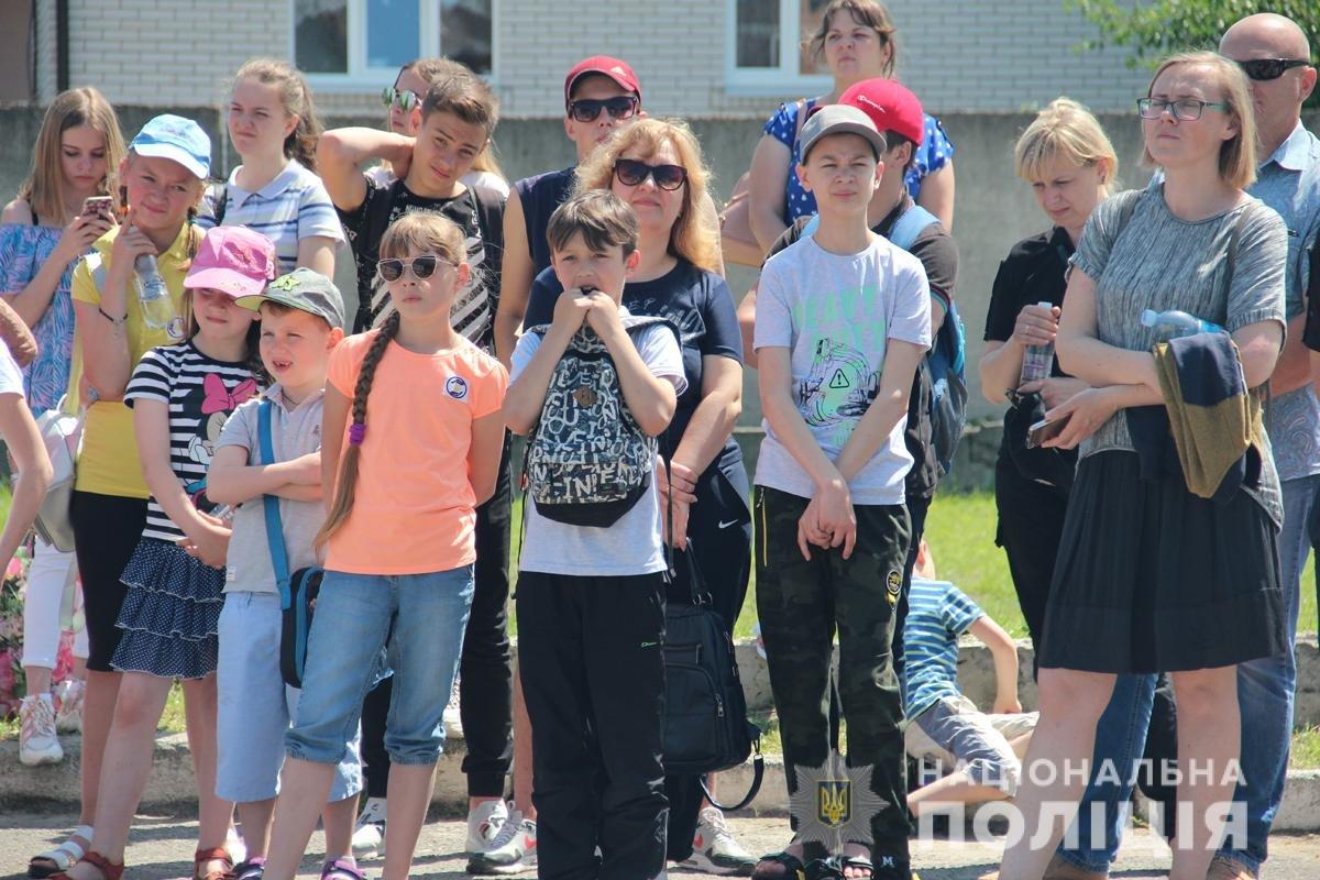 Поліція Житомирської області влаштовувала свято для дітей, фото-15
