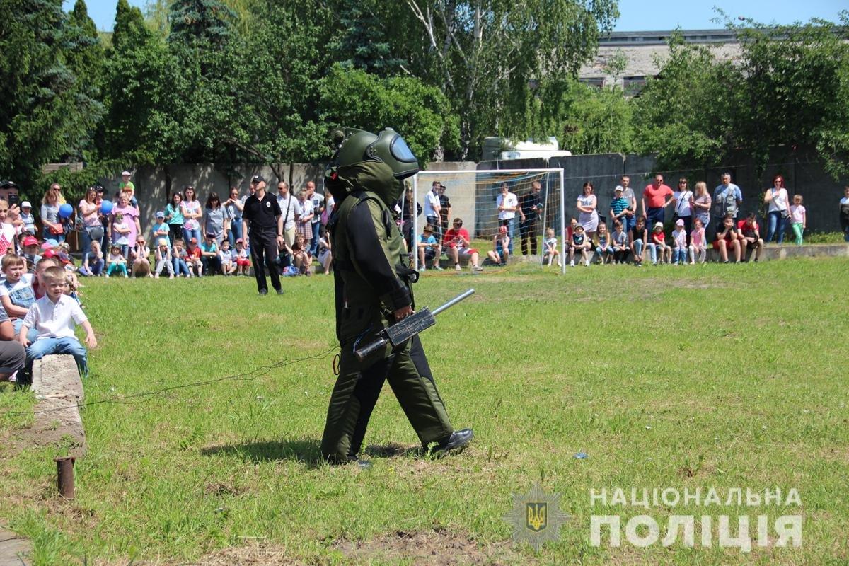 Поліція Житомирської області влаштовувала свято для дітей, фото-5