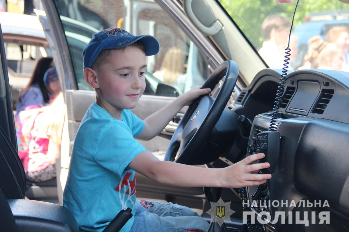 Поліція Житомирської області влаштовувала свято для дітей, фото-9