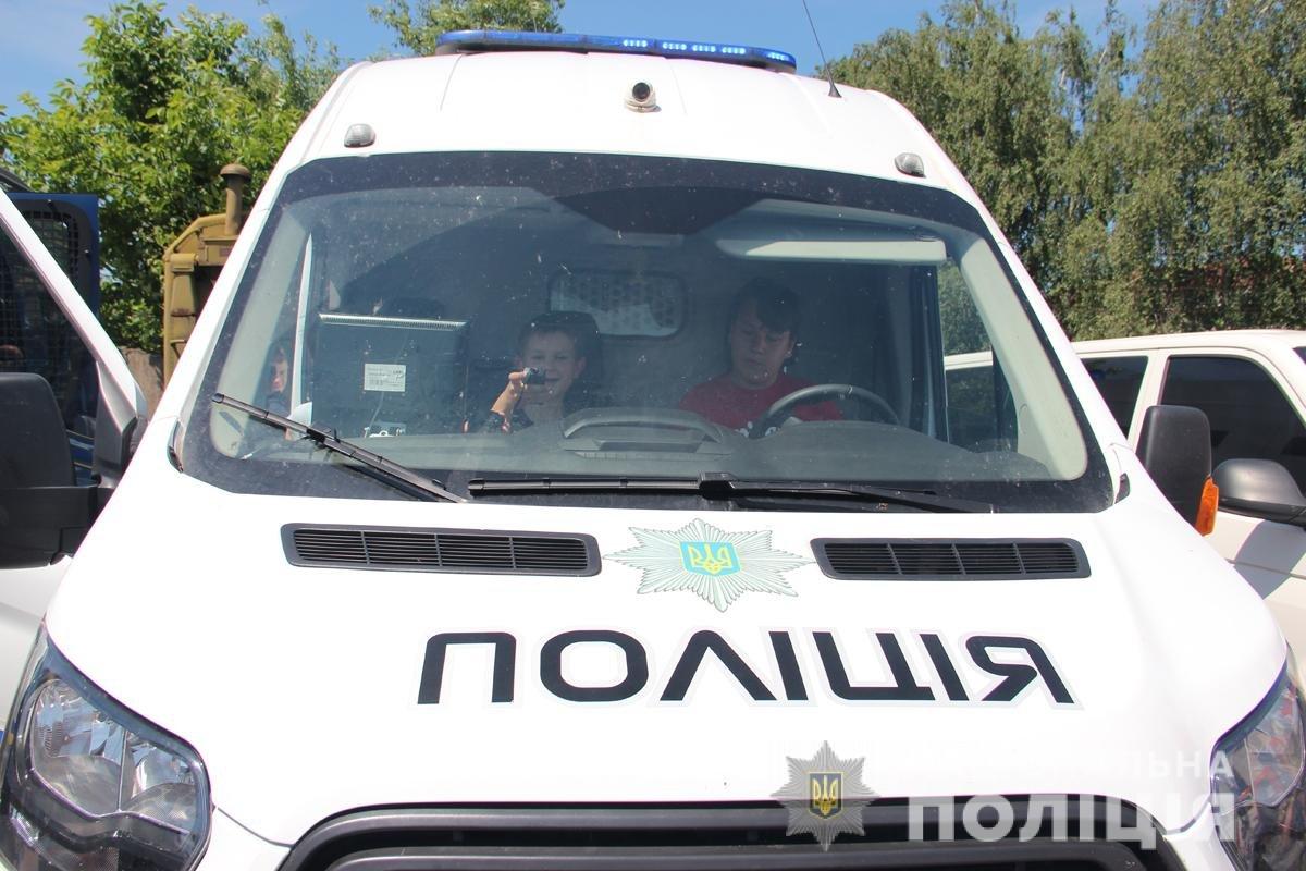 Поліція Житомирської області влаштовувала свято для дітей, фото-10