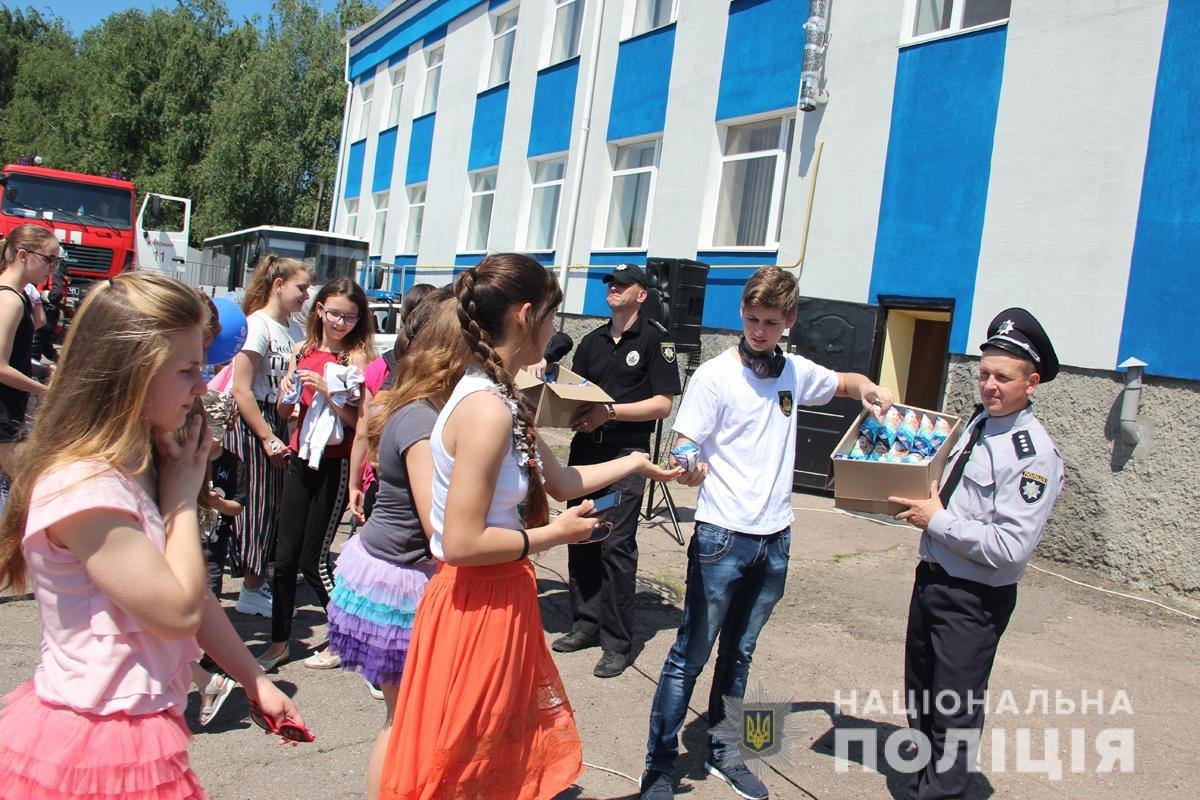 Поліція Житомирської області влаштовувала свято для дітей, фото-11