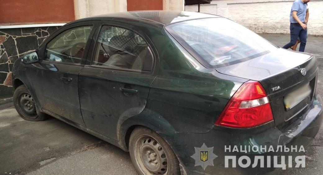 Правоохоронці Житомирщини виявили авто, що перебуває в розшуку, фото-1