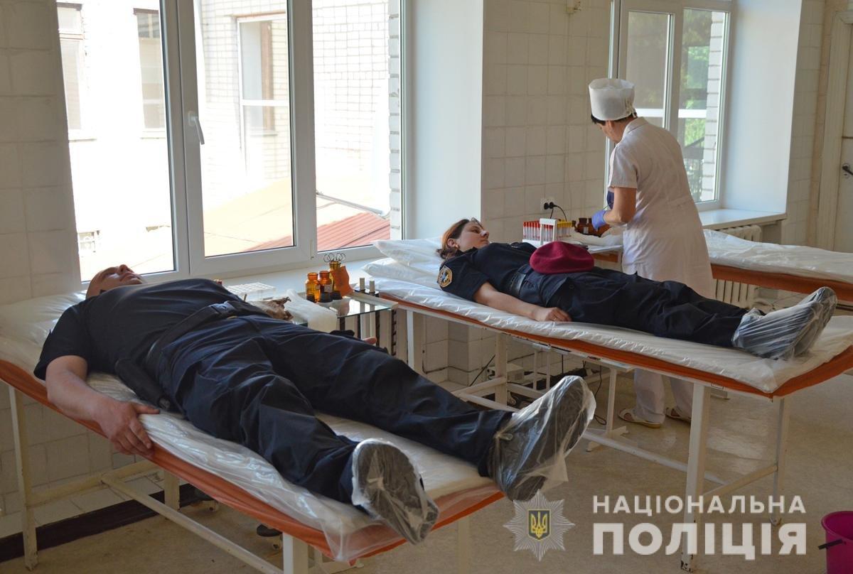 Правоохоронці Житомирщини долучились до Всесвітнього дня донора, фото-3