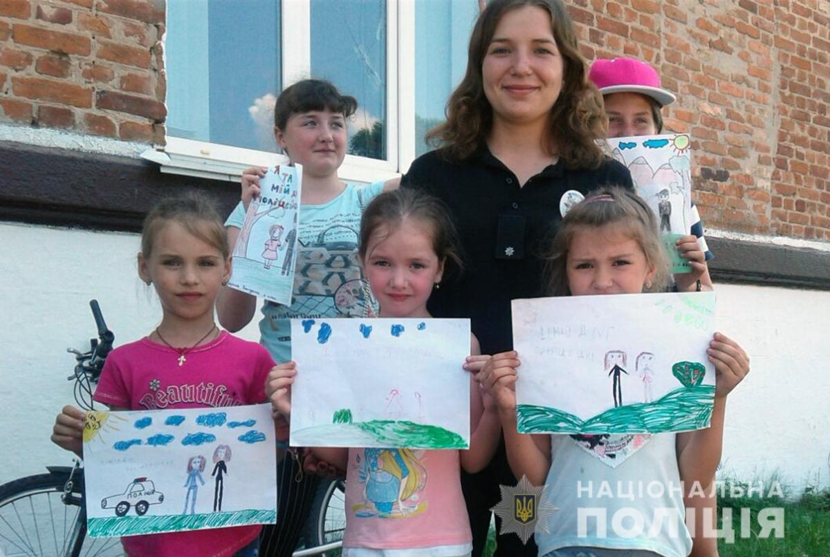 Поліція Житомирщини готується до фіналу конкурсу дитячого малюнку в ролі жюрі, фото-6