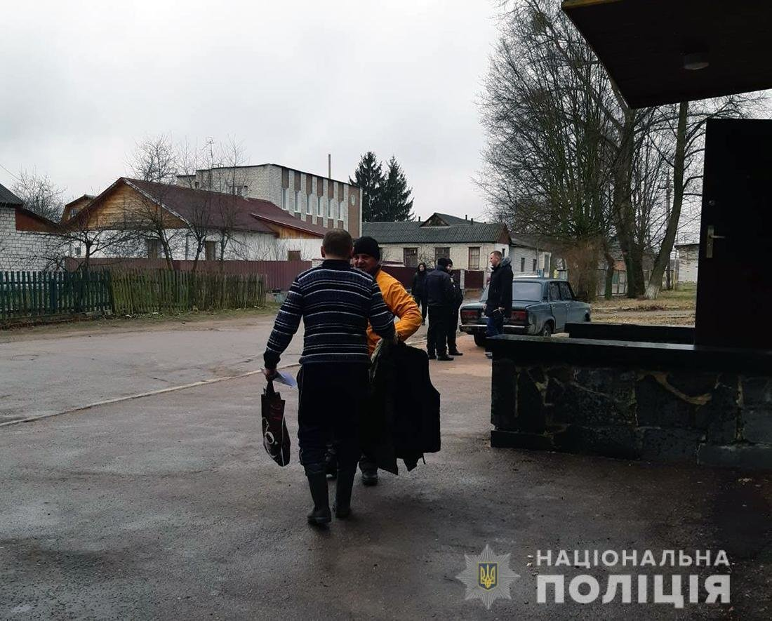 Правоохоронці Житомирщини продовжують пошуки зниклого хлопця, фото-1
