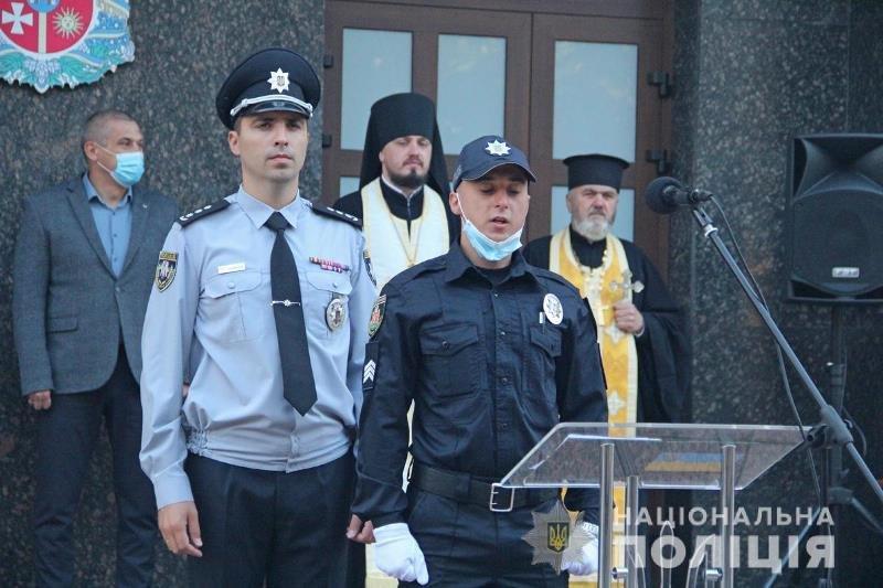 У Житомирі сьогодні склали присягу майже 40 поліцейських. ФОТО, фото-2