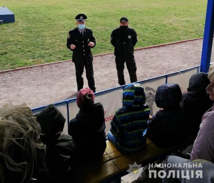 До житомирських поліцейських кінологів в гості завітали школярі, фото-3