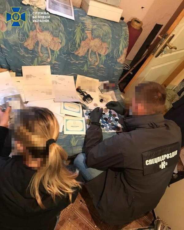 СБУ Житомирщини викрила міжрегіональну групу, що підробляла документи державного зразка, фото-6