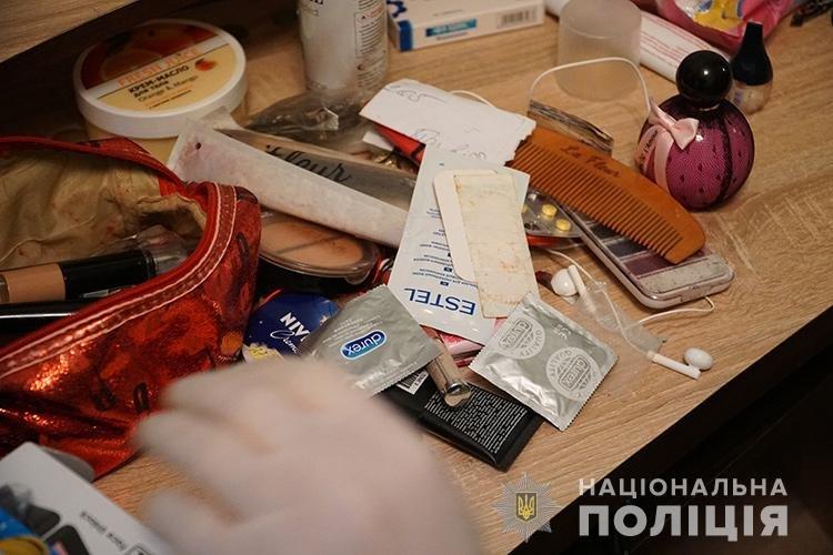 У Тернополі викрили будинок розпусти, де працювали дівчата з Житомирщини, фото-2