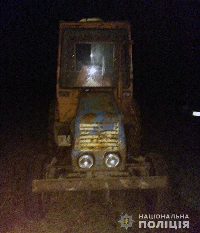 За добу в трьох районах Житомирщини поліцейські зафіксували незаконні оборудки з лісом, фото-3