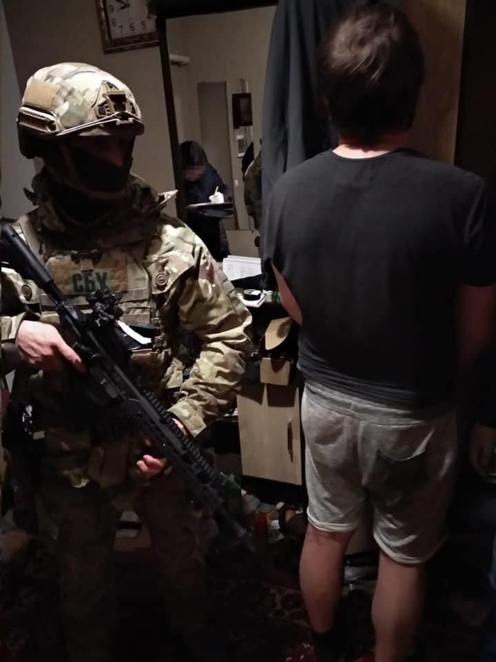 На Житомирщині СБУ затримала дилерів, які збували наркотики та психотропи по всій Україні, фото-2